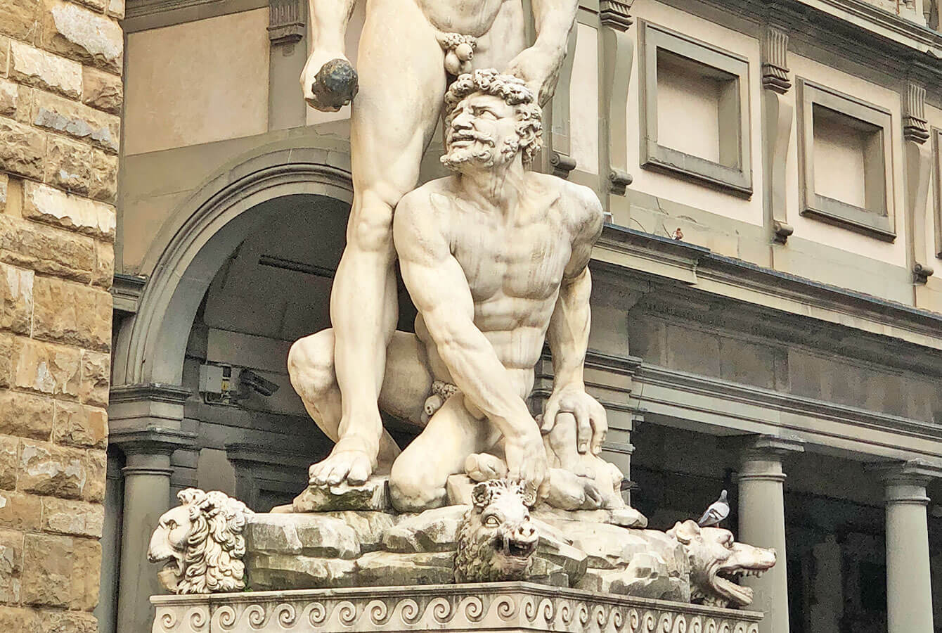 Sculpture of Hercule et Cacus Bandinelli on the Piazza della Signoria