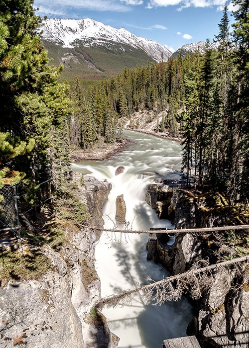 canadian water fall Sunwapta