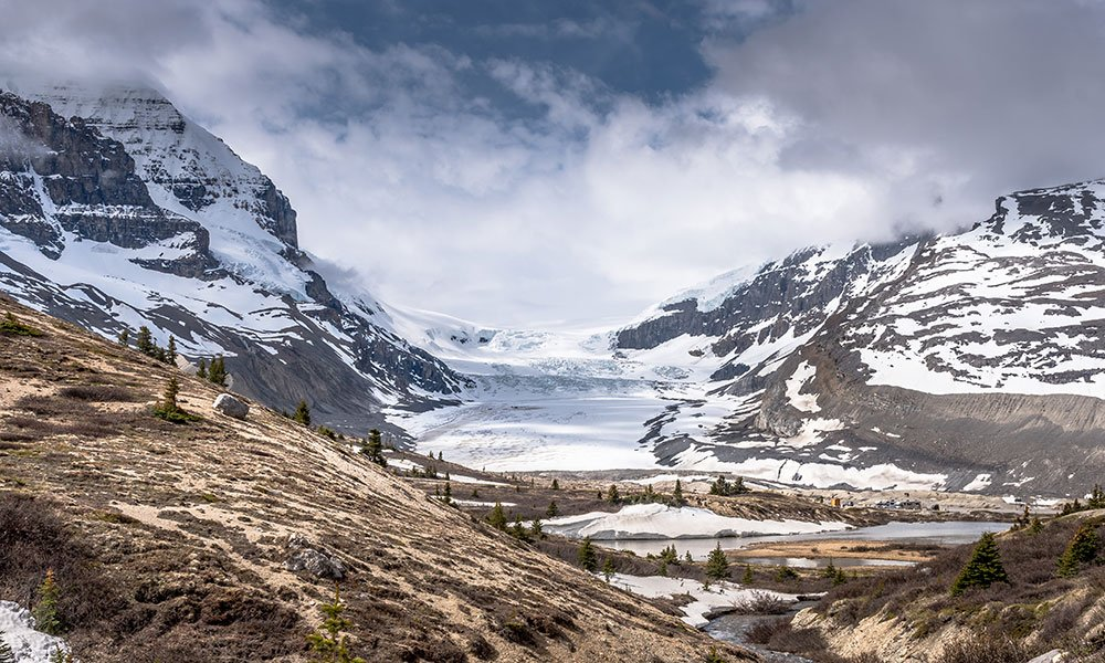 Athabasca Glacier best photography spot in the Canadian Rockies